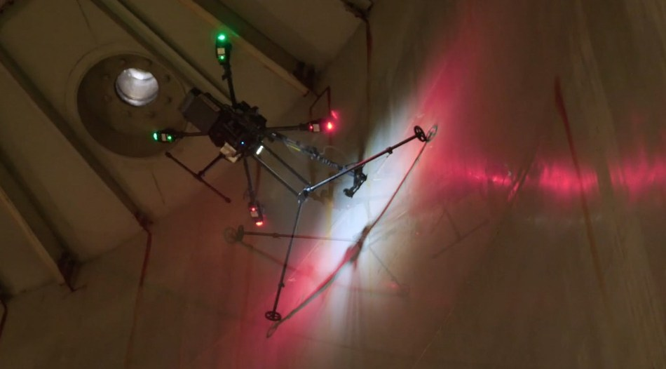 Inspeksi tank drone - Terra Drone Indonesia