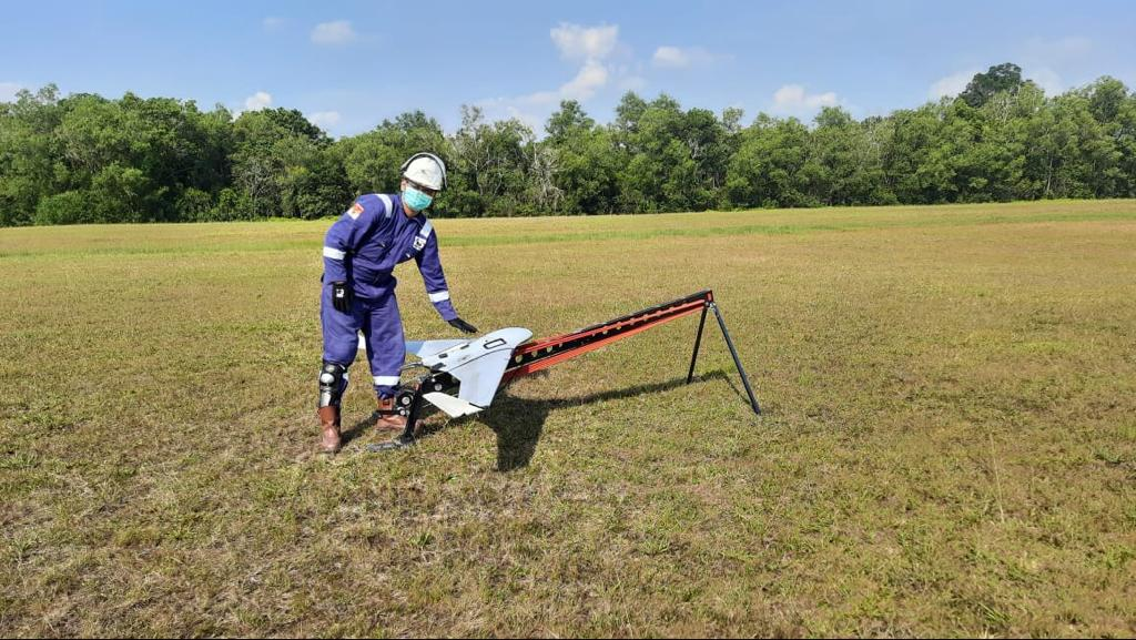 Drone untuk pengawasan pipa migas - Terra Drone Indonesia